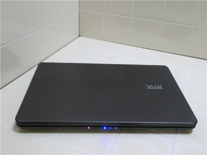 WIn8 settled WYSE Xnom AMD G-T56N 4GB 160GB HD6320 notebook